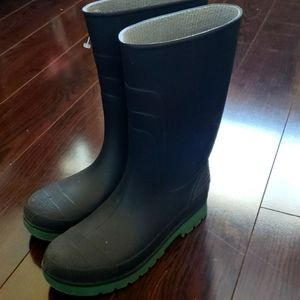 ❤3 for 25! Rubber Rainboots, size 5